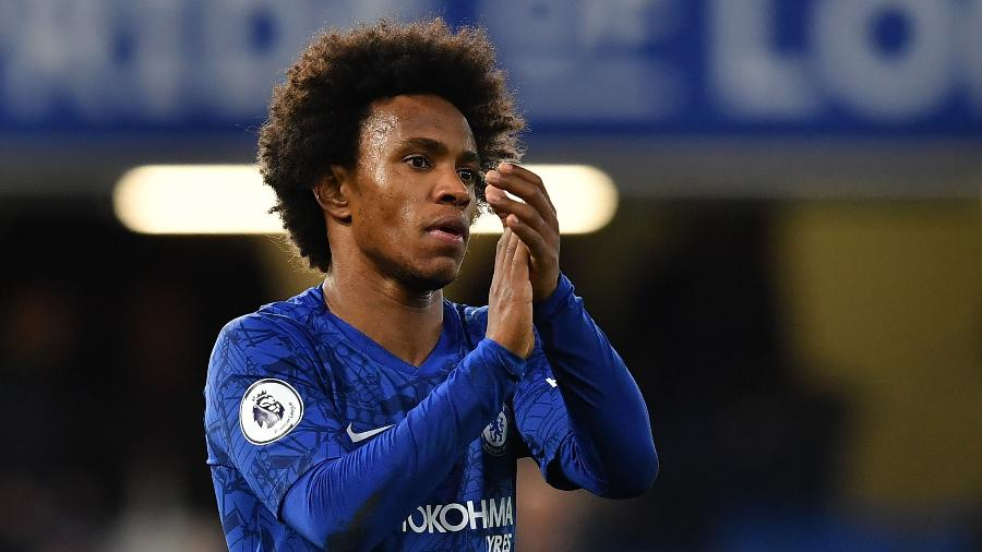 Willian, do Chelsea, em jogo contra o Burnley - Ben Stansall/AFP