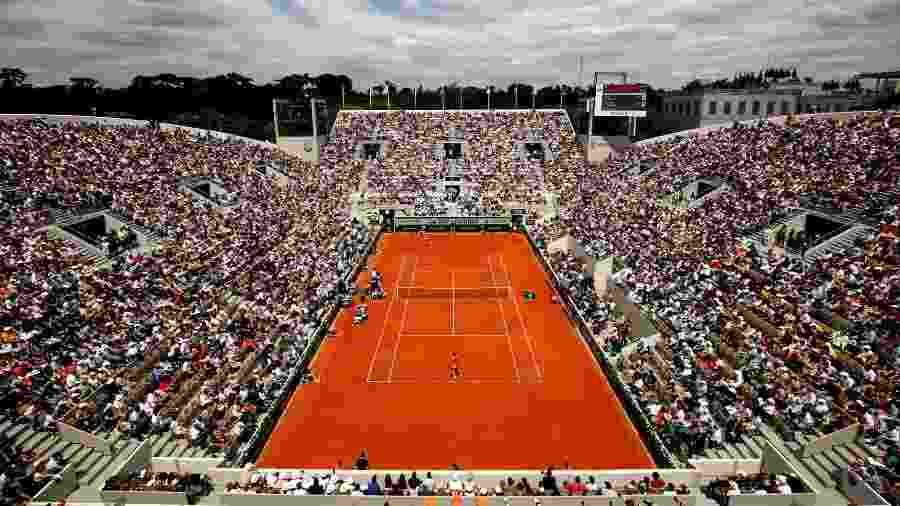 Imagem aérea de partida no torneio Roland Garros 2019 - Adam Pretty/Getty Images