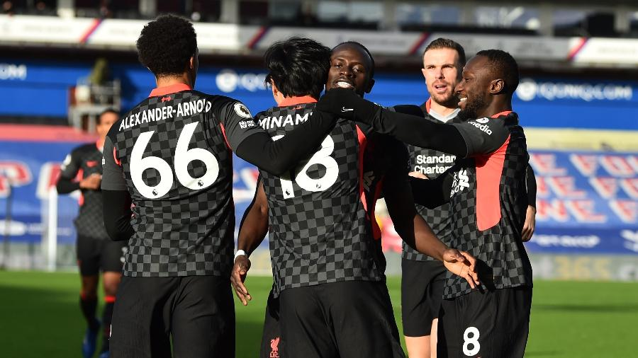Firmino (2), Salha (2), Minamino, Mané e Henderson marcaram para o Liverpool - Andrew Powell/Liverpool FC via Getty Images