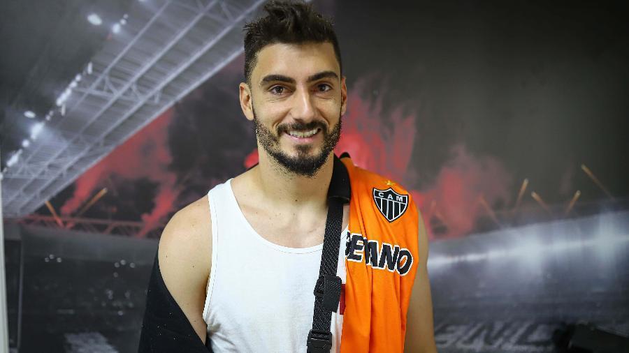 Rafael passará por procedimento cirúrgico para corrigir luxação e fratura no ombro direito - Divulgação/Atlético-MG