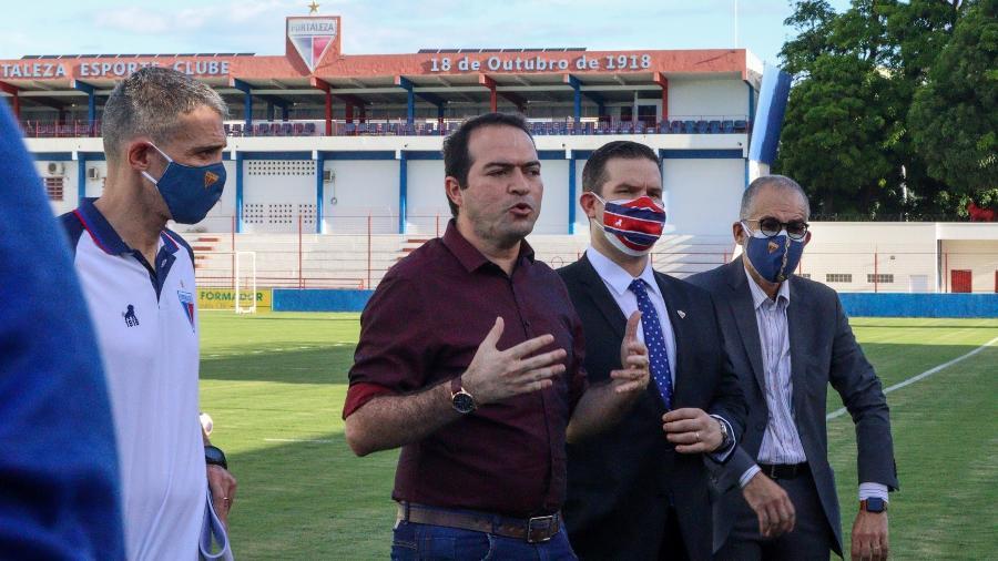 Marcelo Paz, presidente do Fortaleza, durante apresentação do técnico Juan Pablo Vojvoda - Leonardo Moreira / Fortaleza