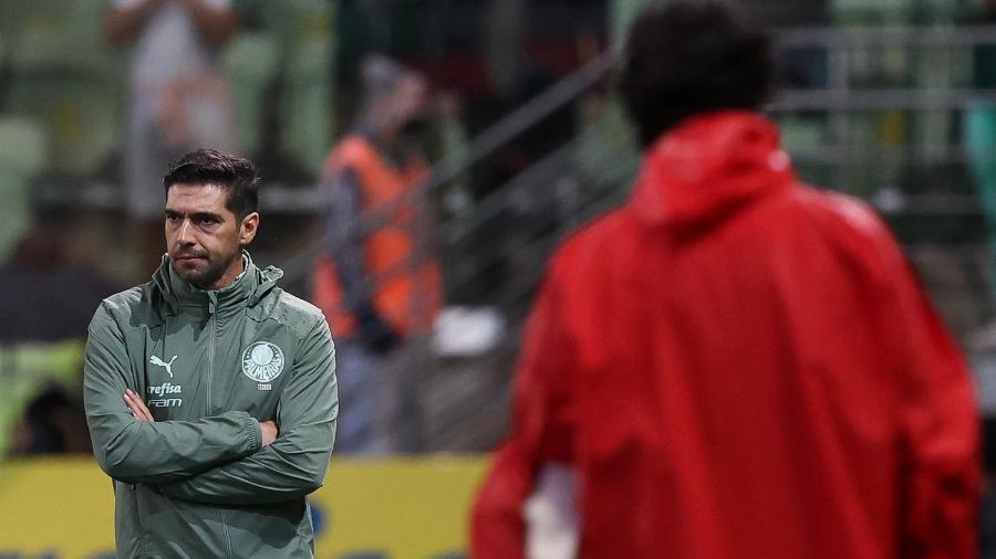 Abel Ferreira, técnico do Palmeiras, no duelo com o Red Bull Bragantino, pelo Brasileiro - Cesar Greco / Palmeiras