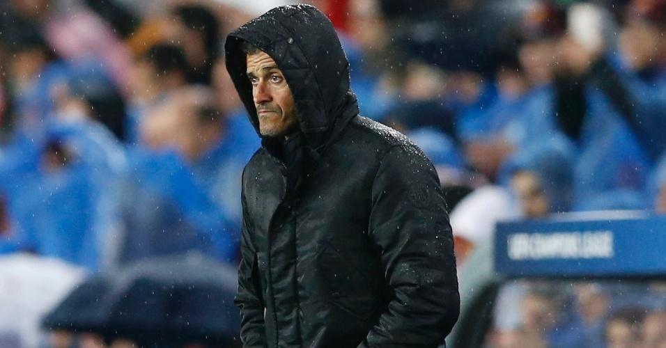 Luis Enrique orienta o Barcelona contra o Arsenal pela Liga dos Campeões