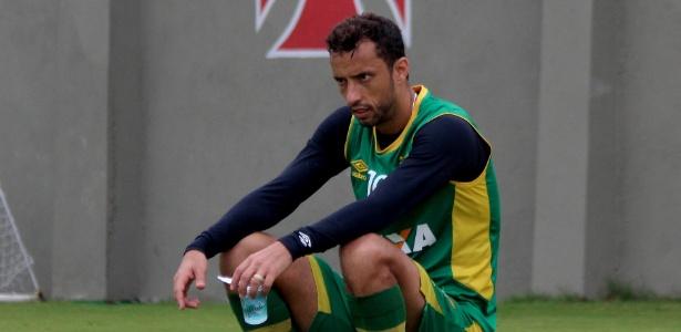 Nenê marcou um dos gols do jogo-treino do Vasco neste sábado contra o Sampaio Corrêa-RJ
