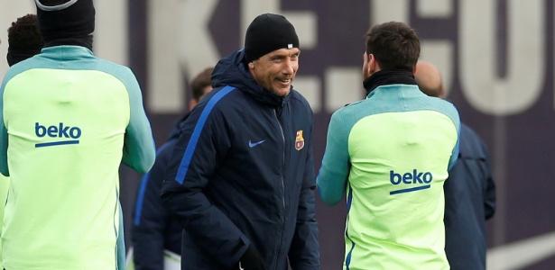 Auxiliar técnico, Juan Carlos Unzué está entre os favoritos ao cargo no Barça