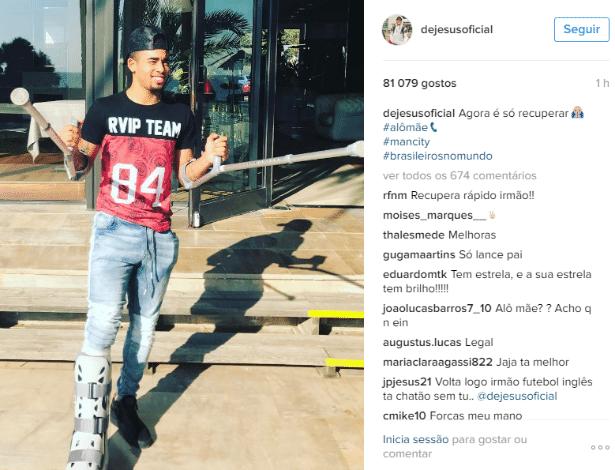 Gabriel Jesus publicou foto deixando o hospital no Instagram