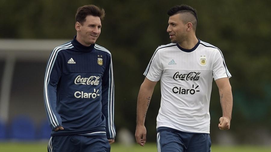 Messi e Aguero durante treino da Argentina - Eitan Abramovich/AFP