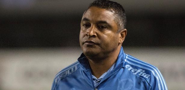 Roger no comando do Palmeiras; treinador repetiu o roteiro de outros treinadores no clube - Daniel Vorley/AGIF