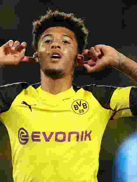 Jadon Sancho em jogo do Borussia Dortmund diante do Nuremberg, pelo Campeonato Alemão - EFE/FRIEDEMANN VOGEL