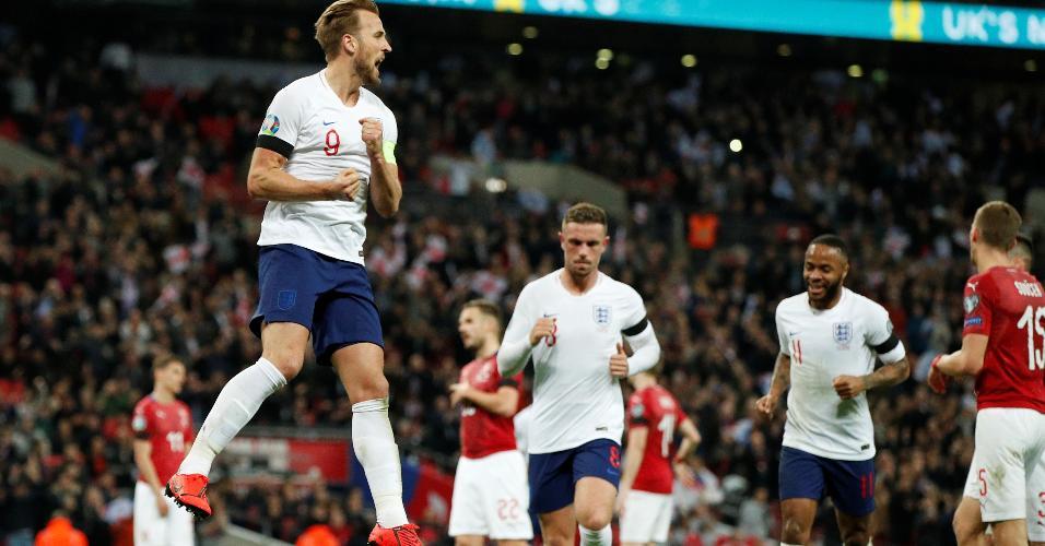 Kane comemora gol da Inglaterra contra a República Tcheca