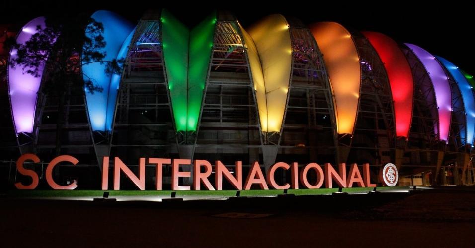 Internacional faz homenagem