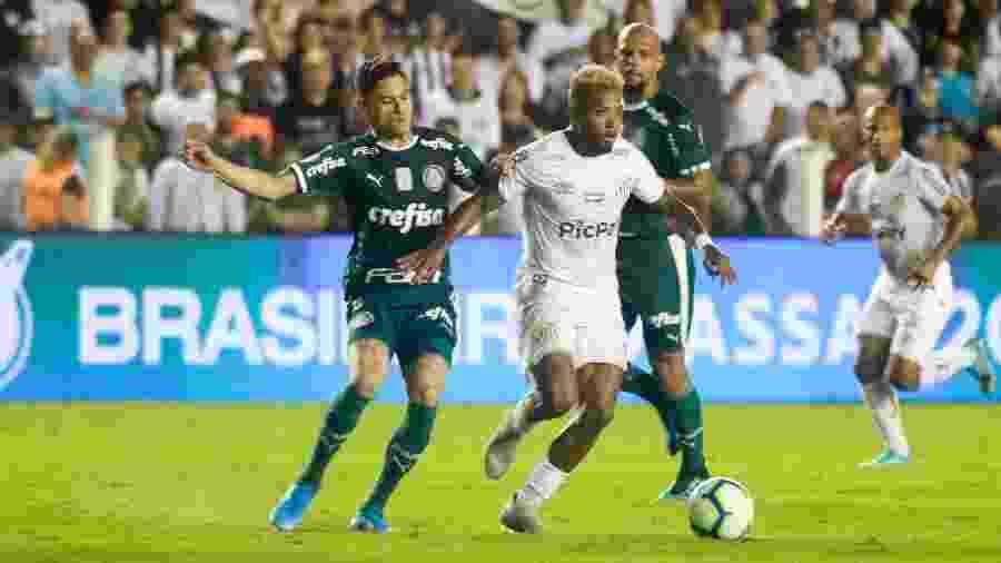Marinho, durante partida entre Santos e Palmeiras - Fernanda Luz/AGIF