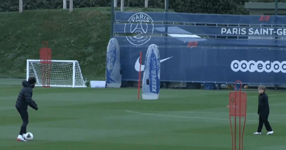 Neymar levou o filho Davi Lucca em retorno aos gramados do PSG após se recuperar de lesão
