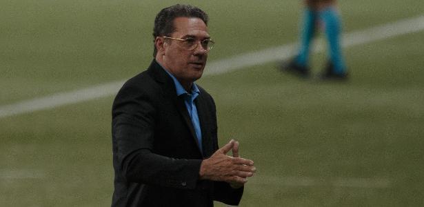 Luxemburgo encara reencontro com o Palmeiras com naturalidade