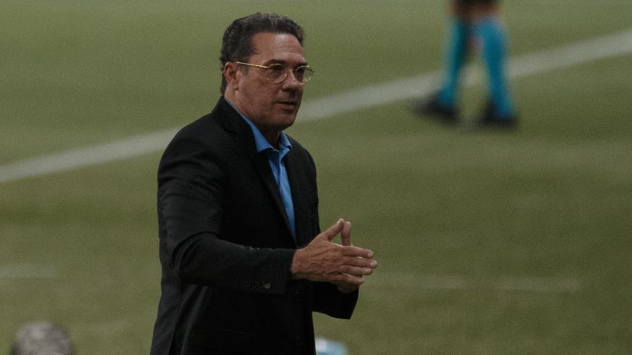 Vanderlei Luxemburgo está sem clube desde que deixou o Vasco em fevereiro de 2021 - Ettore Chiereguini/AGIF