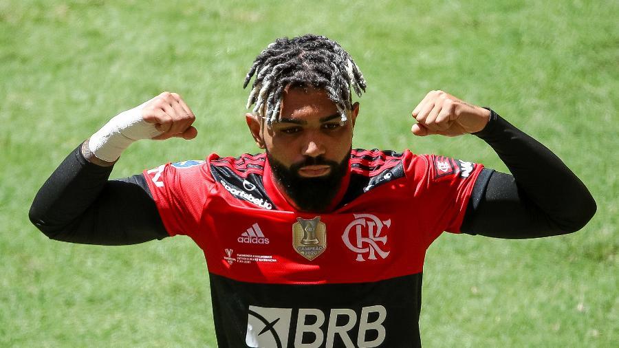 Gabigol comemora o gol de empate do Flamengo contra o Palmeiras, pela Supercopa do Brasil - Buda Mendes/Getty Images