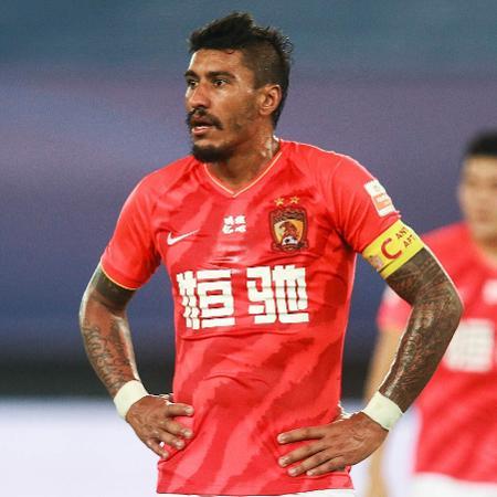 Paulinho durante sua passagem pelo Guangzhou Evergrande, da China - AFP
