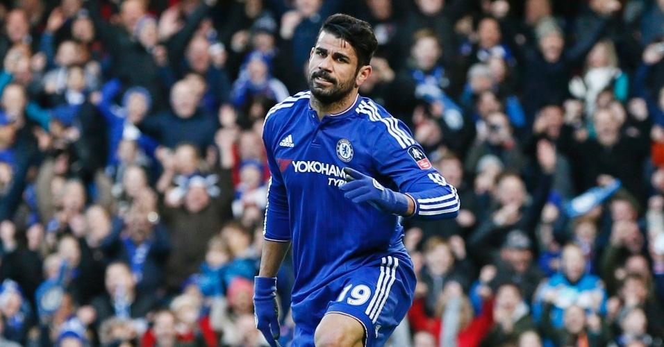 10.jan.2016 - Diego Costa comemora após abrir o placar para o Chelsea contra o Scunthorpe pela Copa da Inglaterra