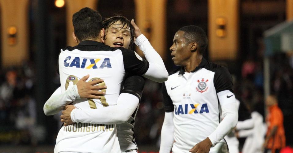 Jogadores do Corinthians comemoram gol de Romero no jogo do Corinthians contra o Shakhtar na Florida Cup