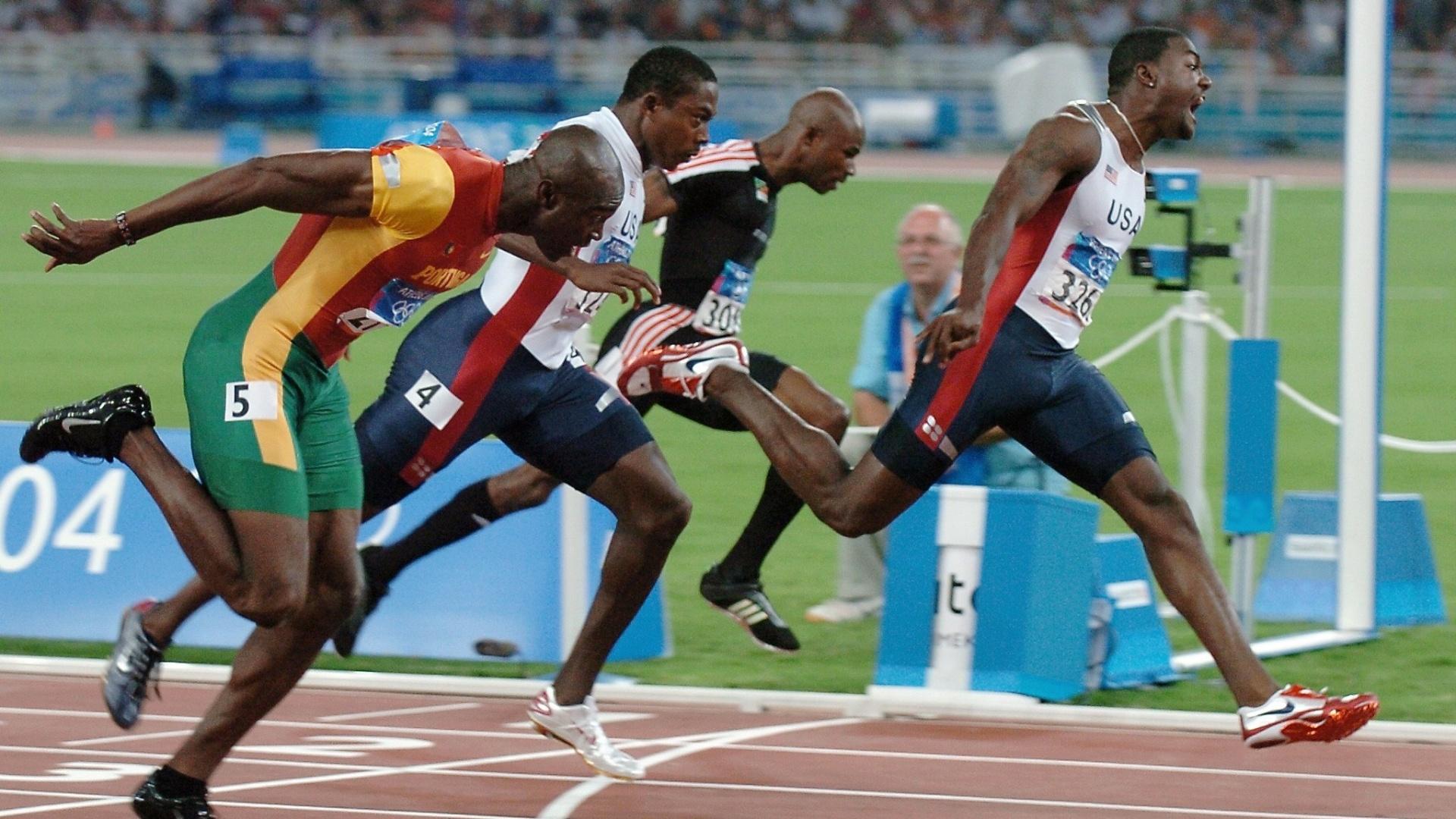 Justin Gatlin vence os 100m em Atenas-2004