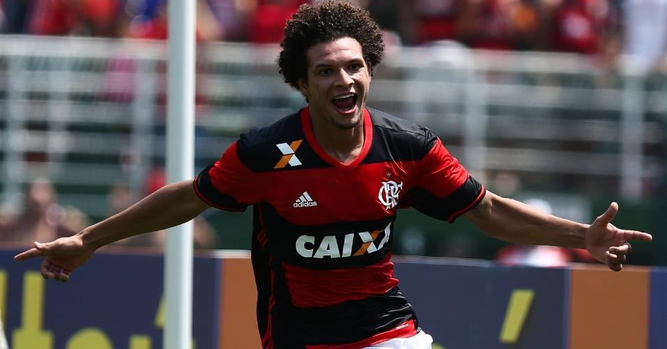 Willian Arão celebra gol do Flamengo na partida contra o Figueirense