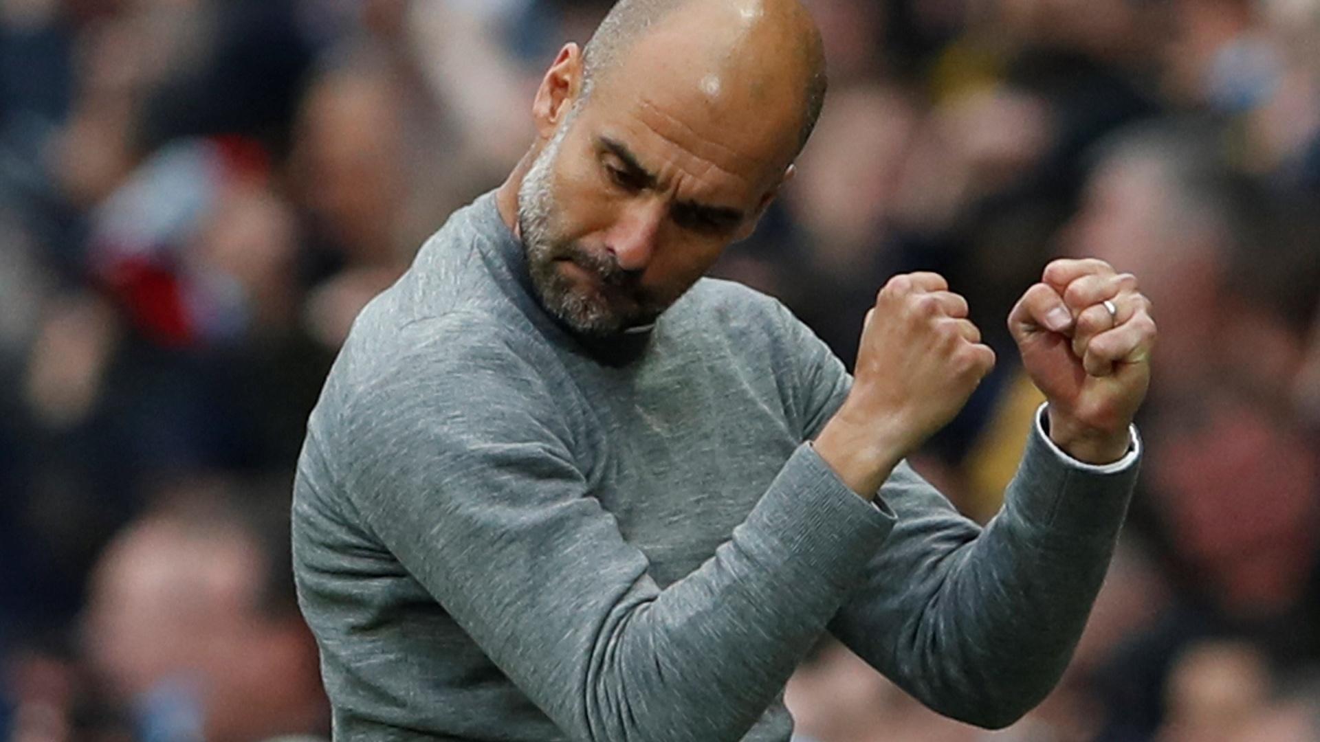 Guardiola vibra muito após o City abrir o placar contra o United