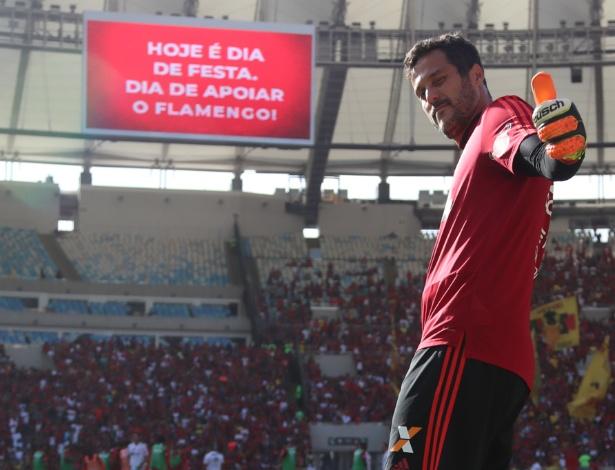 Júlio César está pronto para atuar pela última vez na vitoriosa carreira de goleiro