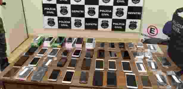 Polícia Civil de Goiânia recuperou 47 celulares furtados. Atacante do Jataiense foi preso acusado de furto - Divulgação/Polícia Civil de Goiânia - Divulgação/Polícia Civil de Goiânia
