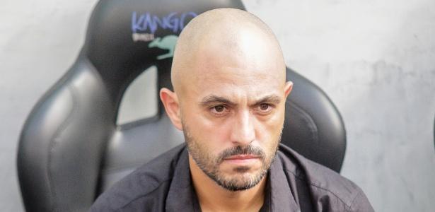 Guanaes busca soluções para a equipe de Aspirantes do Furacão após derrota na estreia - Gabriel Machado/AGIF