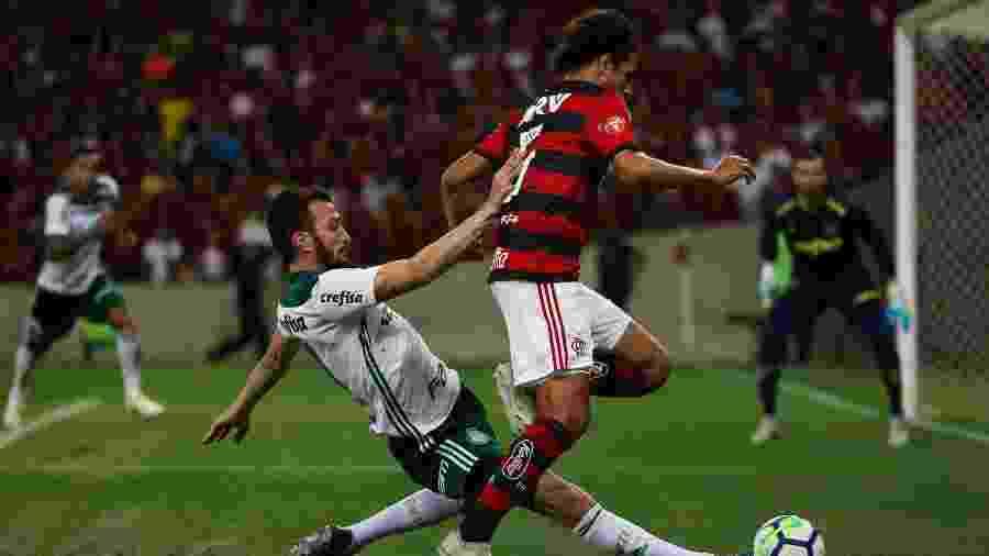 Flamengo e Palmeiras obtiveram números expressivos em relação às finanças na temporada passada - Buda Mendes/Getty Images