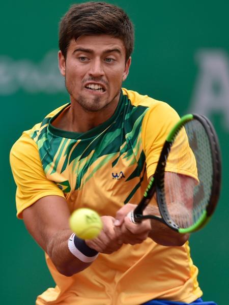 João Menezes vence o argentino Facundo Bagnis na semifinal do tênis no Pan de Lima - Luis ROBAYO / AFP