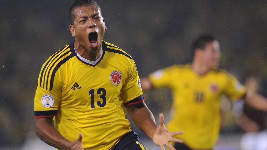 Volante Fredy Guarín, de 33 anos, durante partida pela seleção colombiana: precisa ser inscrito hoje (27) pelo Vasco - Raul Arboleda/AFP