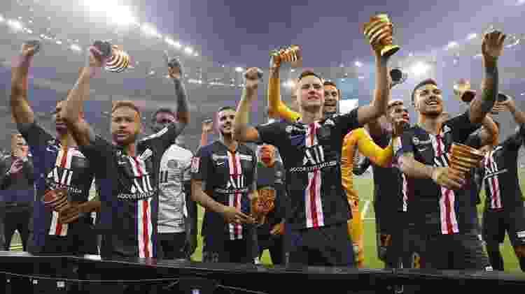O PSG, de Neymar, ganhou o Campeonato Francês, a Copa da França e a Copa da Liga Francesa  - Reprodução/Twitter PSG  - Reprodução/Twitter PSG