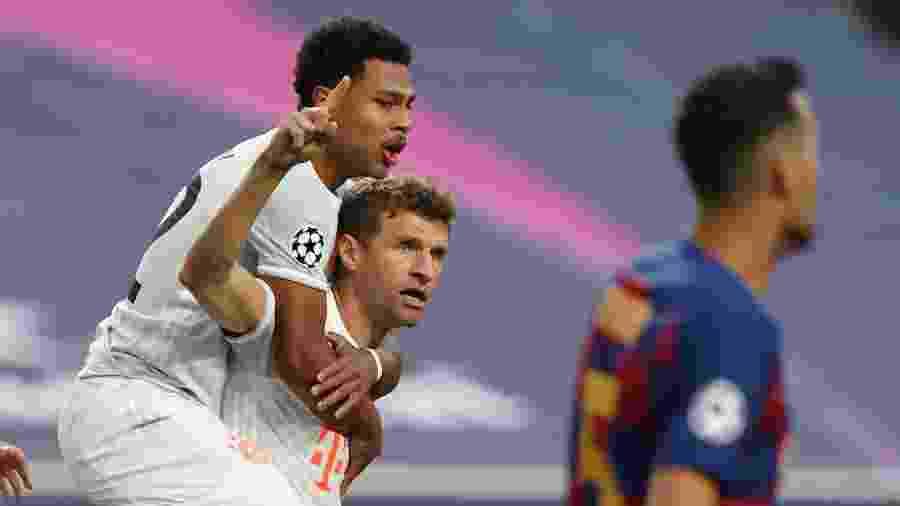 Thomas Muller comemora gol do Bayern de Munique contra o Barcelona - REUTERS/Rafael Marchante