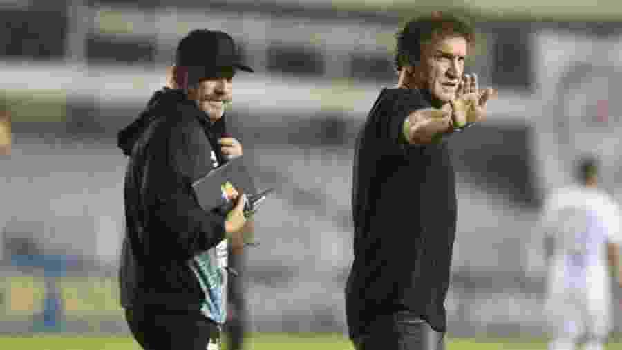 Cuca, técnico do Santos, e o auxiliar Cuquinha na Vila Belmiro - Ivan Storti/Santos FC
