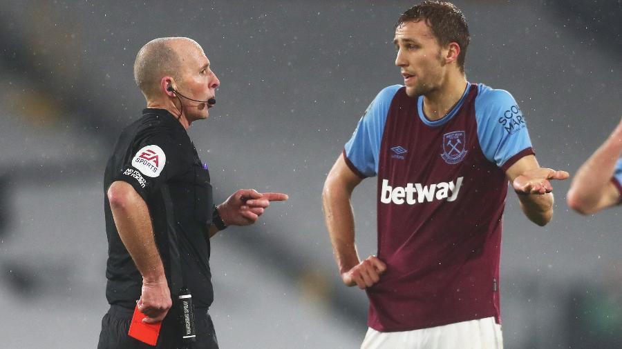 O West Ham é um dos times que estampa um site de apostas na camisa - Clive Rose/Getty Images