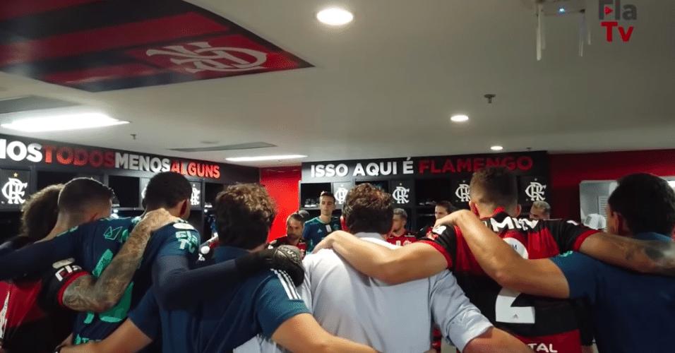 Rogério Ceni faz discurso motivador antes de Flamengo e Internacional pelo Brasileirão