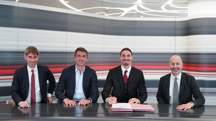 Ibrahimovic renovando contrato pelo Milan - Instagram Ibrahimovic