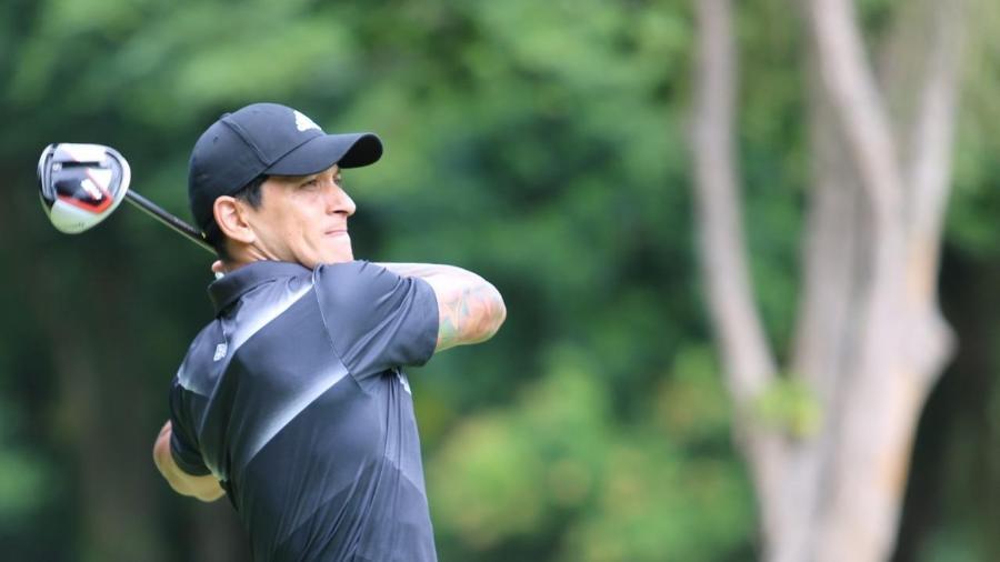 """Cano já possui """"hole in one"""" no golfe e foi homenageado por federação após comemoração em Vasco x Fla - Divulgação / FGERJ"""