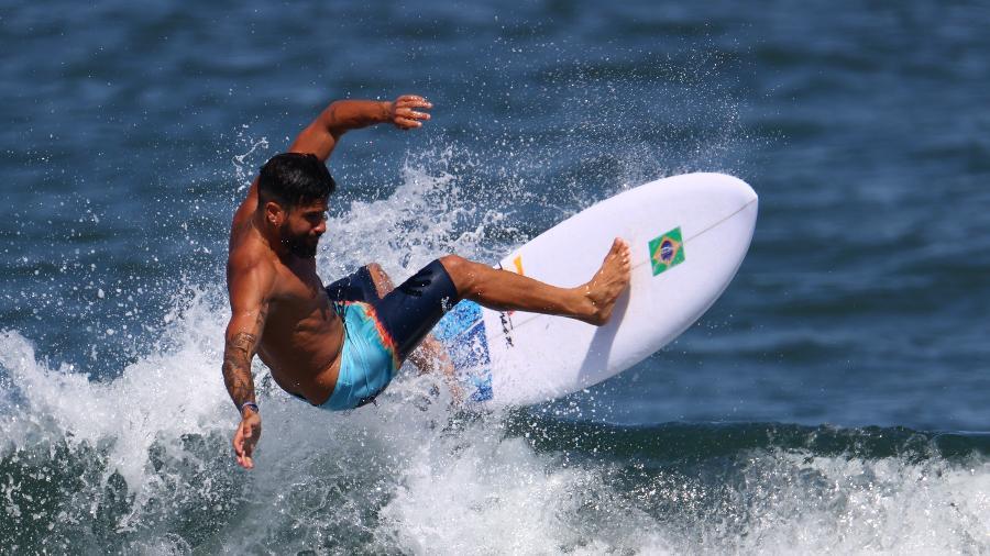 Italo Ferreira, durante treino do surfe no Japão - REUTERS/Lisi Niesner