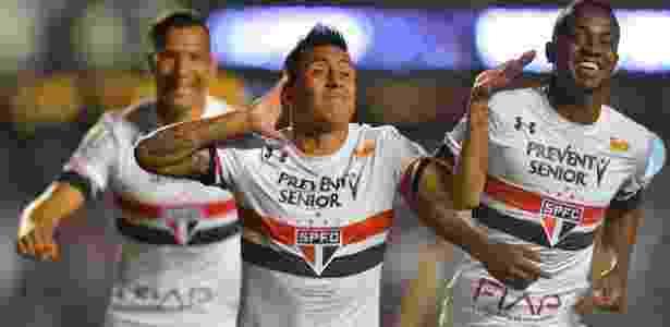 Cueva comemora gol do São Paulo - Mauro Horita/Agif - Mauro Horita/Agif