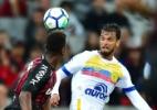 Atlético-PR desafia tabu e jejum longe de casa por tranquilidade no BR - Jason Silva/AGIF