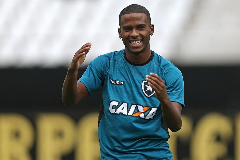 Ezequiel Santos da Silva, meia do Botafogo