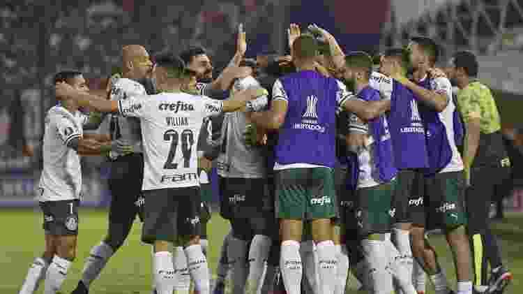 Jogadores do Palmeiras celebram gol marcado contra o Tigre - Juan Mabromata/AFP - Juan Mabromata/AFP