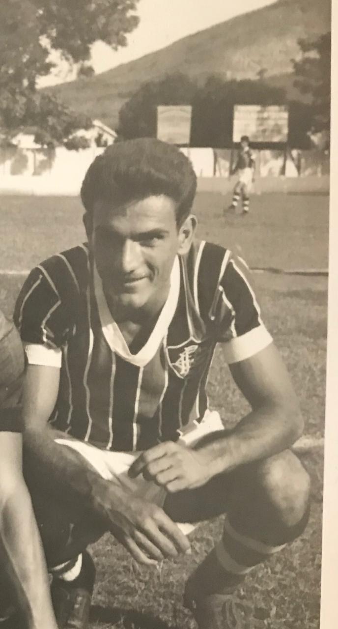 Fluminense lamenta a morte do ex-jogador Gutemberg, vítima de covid-19