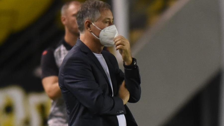 Ariel Holan, técnico do Santos, no jogo contra o Ituano - Ivan Storti/Santos FC