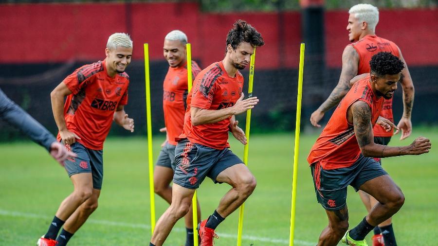 Jogadores do Flamengo em treino no Ninho do Urubu - Marcelo Cortes / Flamengo