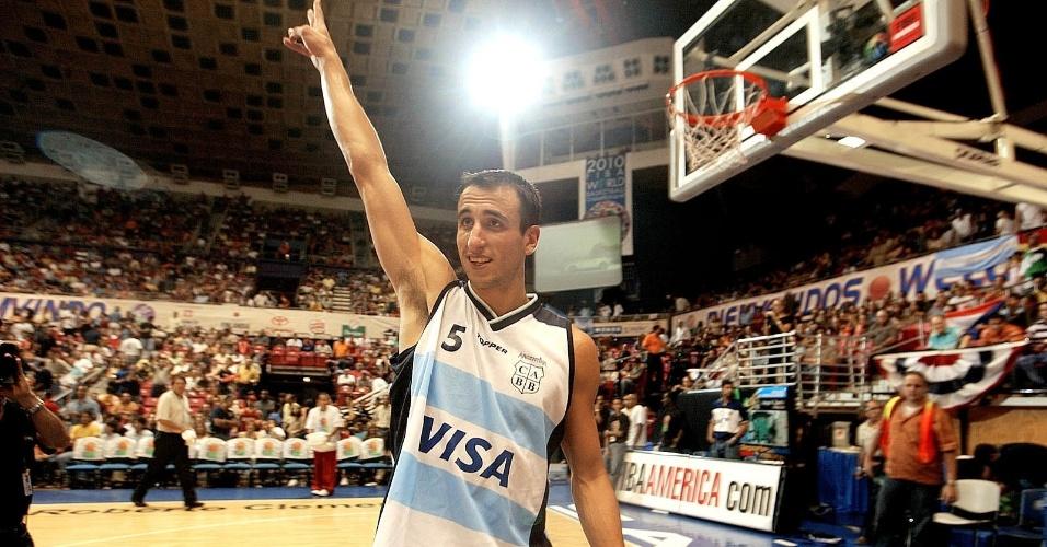 Manu Ginobili comemora após vitória da Argentina sobre o Canadá no pré-Olímpico de 2003