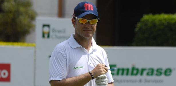 Rubens Barrichello durante disputa de torneio amador de golfe em São Paulo - Zeca Resendes/CBG