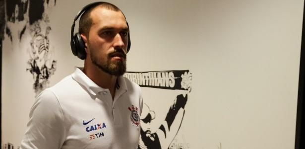 Walter no vestiário do Corinthians; reserva de Cássio deve permanecer no clube